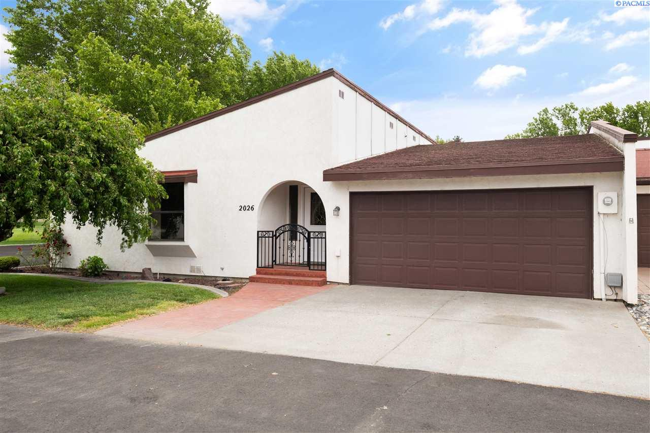 Condominiums for Rent at 2026 Venturi Court Richland, Washington 99352 United States