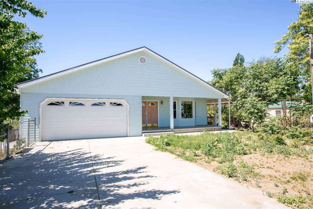 Additional photo for property listing at 11516 Court Street Pasco, Washington 99301 United States