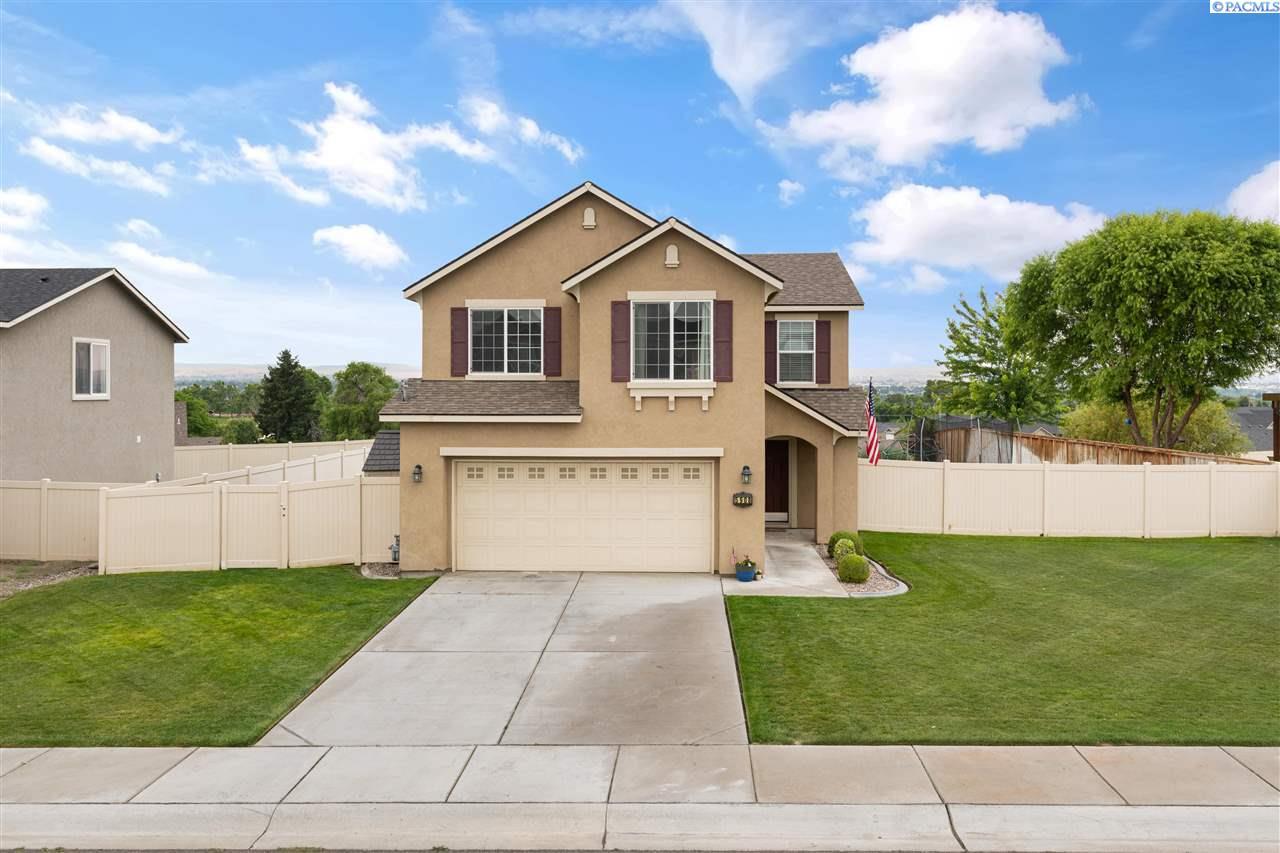 Single Family Homes for Sale at 5908 Thistledown Drive Pasco, Washington 99301 United States