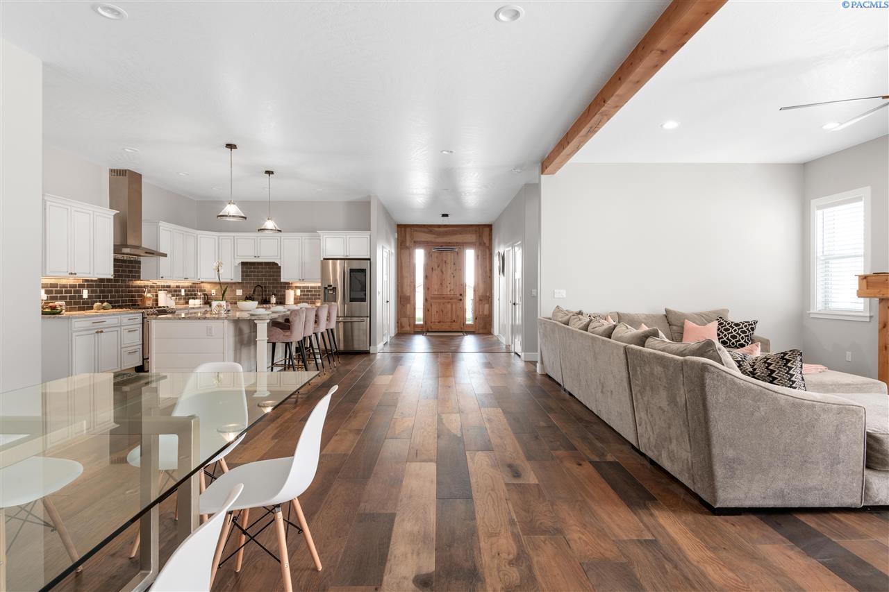 Additional photo for property listing at 2181 W 51st Avenue Kennewick, Washington 99337 United States