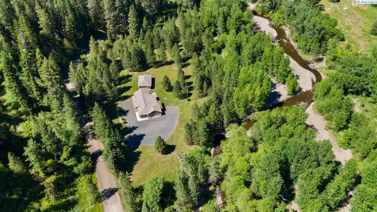 Single Family Homes for Sale at 805 S Touchet Road Dayton, Washington 99328 United States