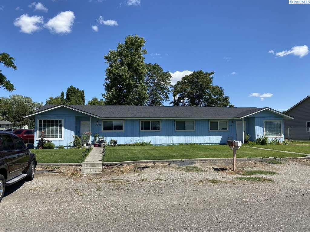 Duplex Homes for Sale at 3119 W Agate Street Pasco, Washington 99301 United States