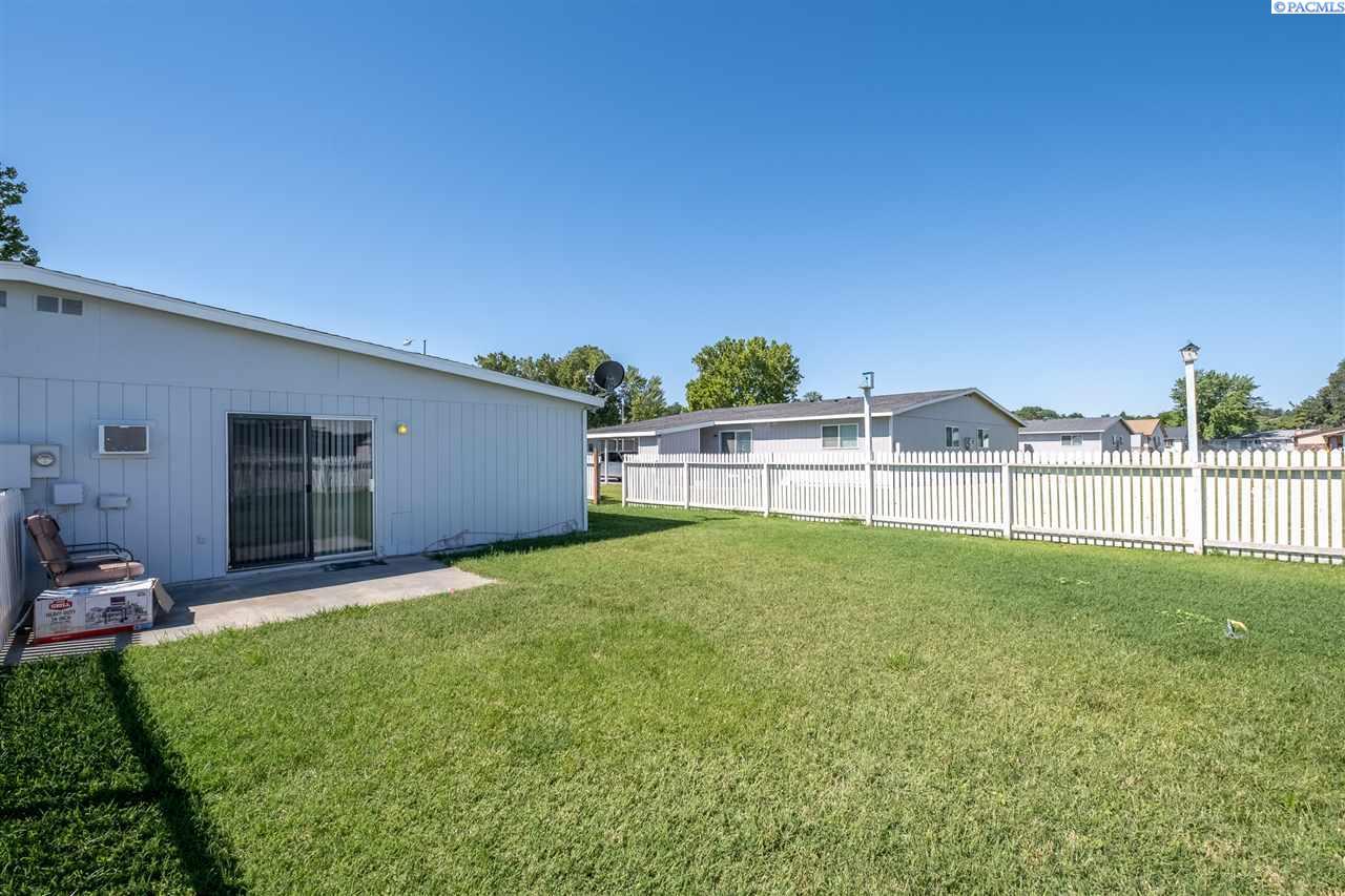 Additional photo for property listing at 118 & 120 W 21st Avenue Kennewick, Washington 99337 United States