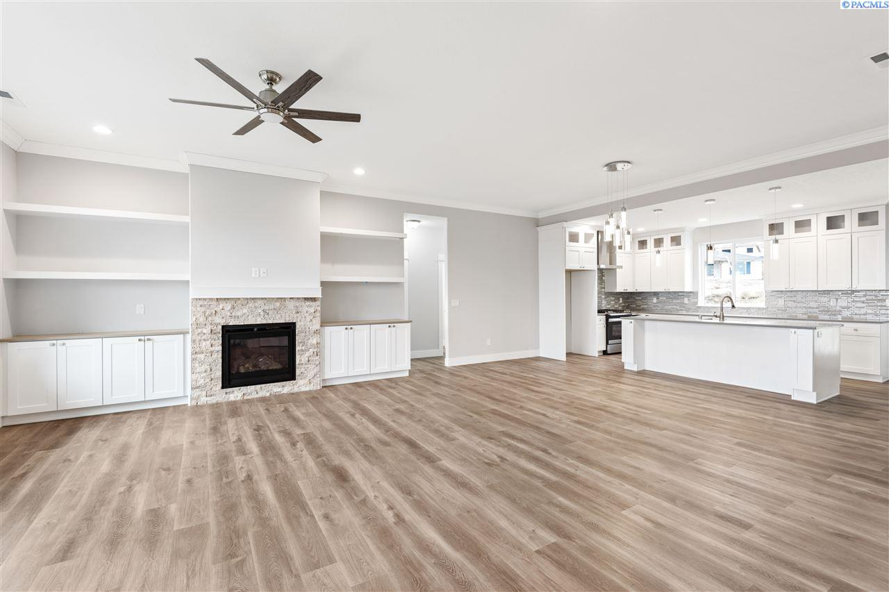 Additional photo for property listing at 531 Summerview Lane Richland, Washington 99352 United States
