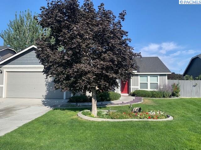 Single Family Homes for Sale at 5821 Robert Wayne Drive Pasco, Washington 99301 United States