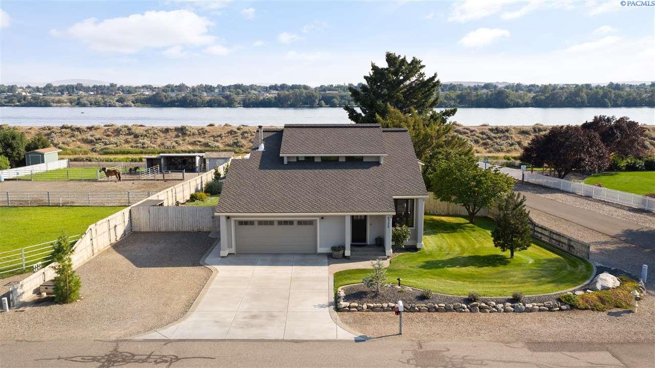 Single Family Homes for Sale at 6720 W Park Street Pasco, Washington 99301 United States