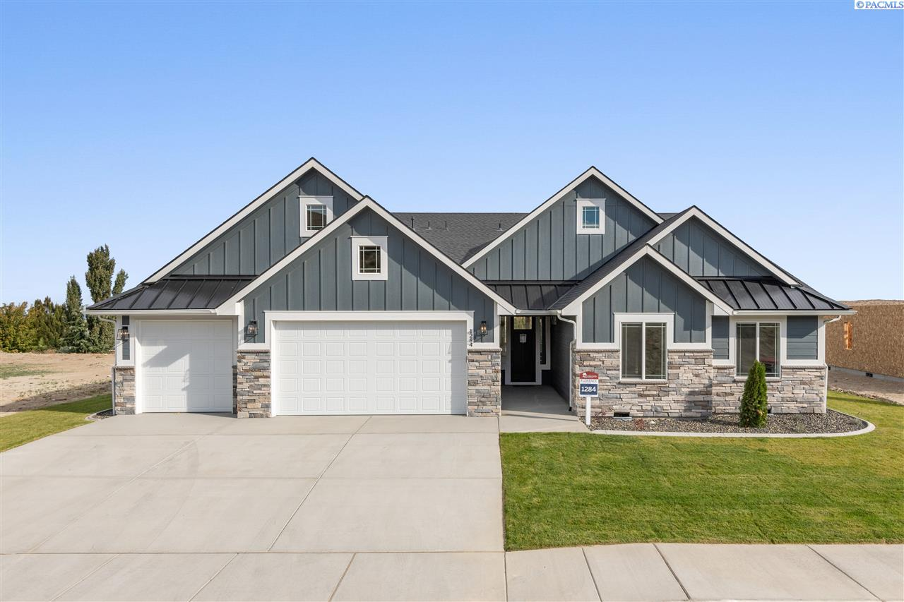 Single Family Homes for Sale at 1284 Medley Drive Richland, Washington 99352 United States