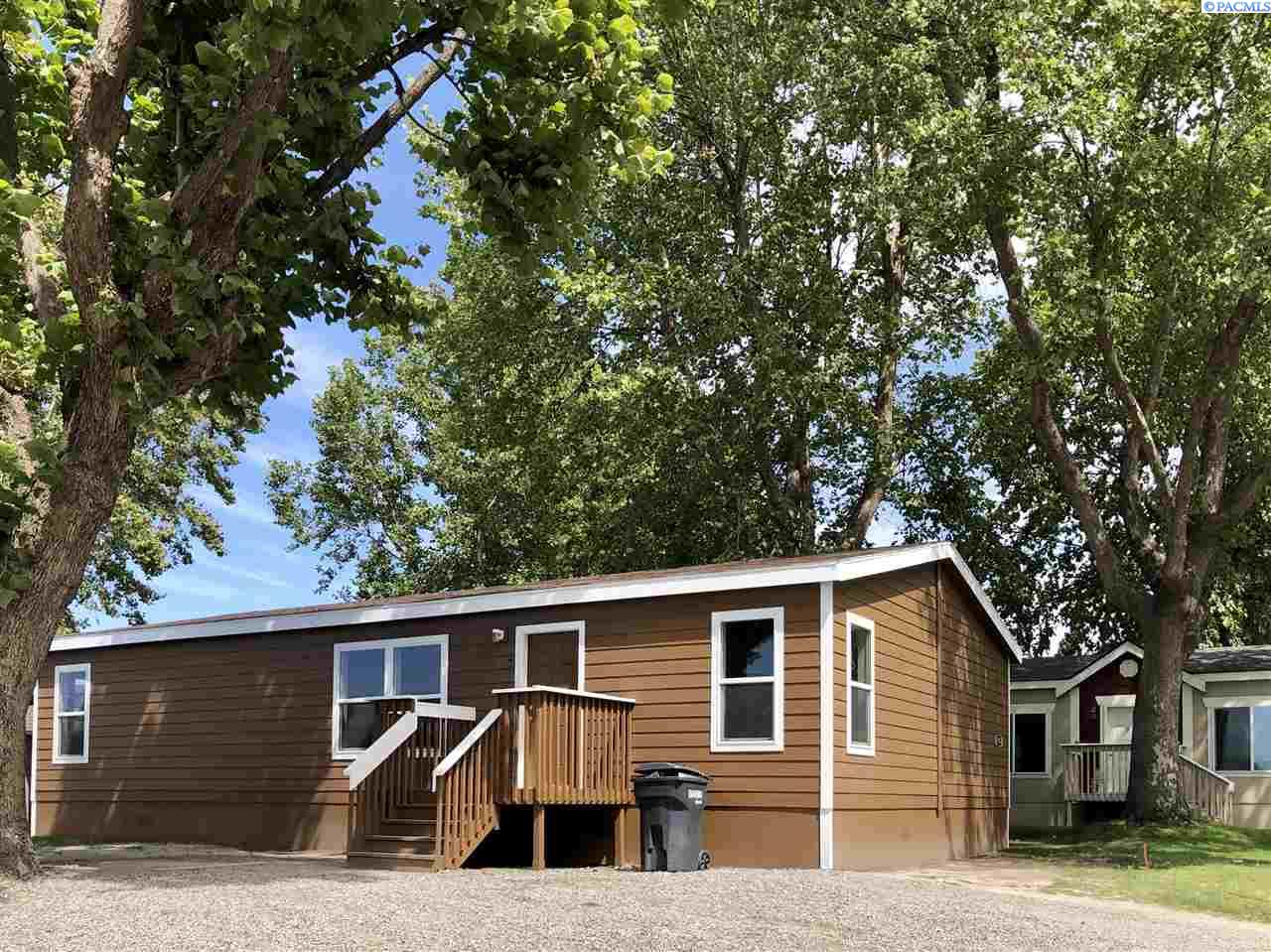 Manufactured Home for Sale at 3517 Road 84 Pasco, Washington 99301 United States