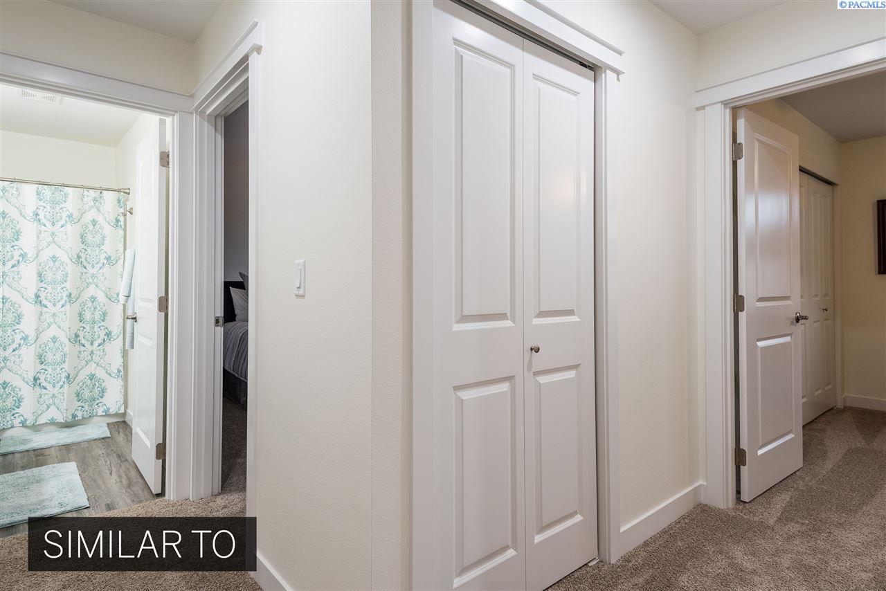 Additional photo for property listing at 1108 S Cedar Place Kennewick, Washington 99337 United States