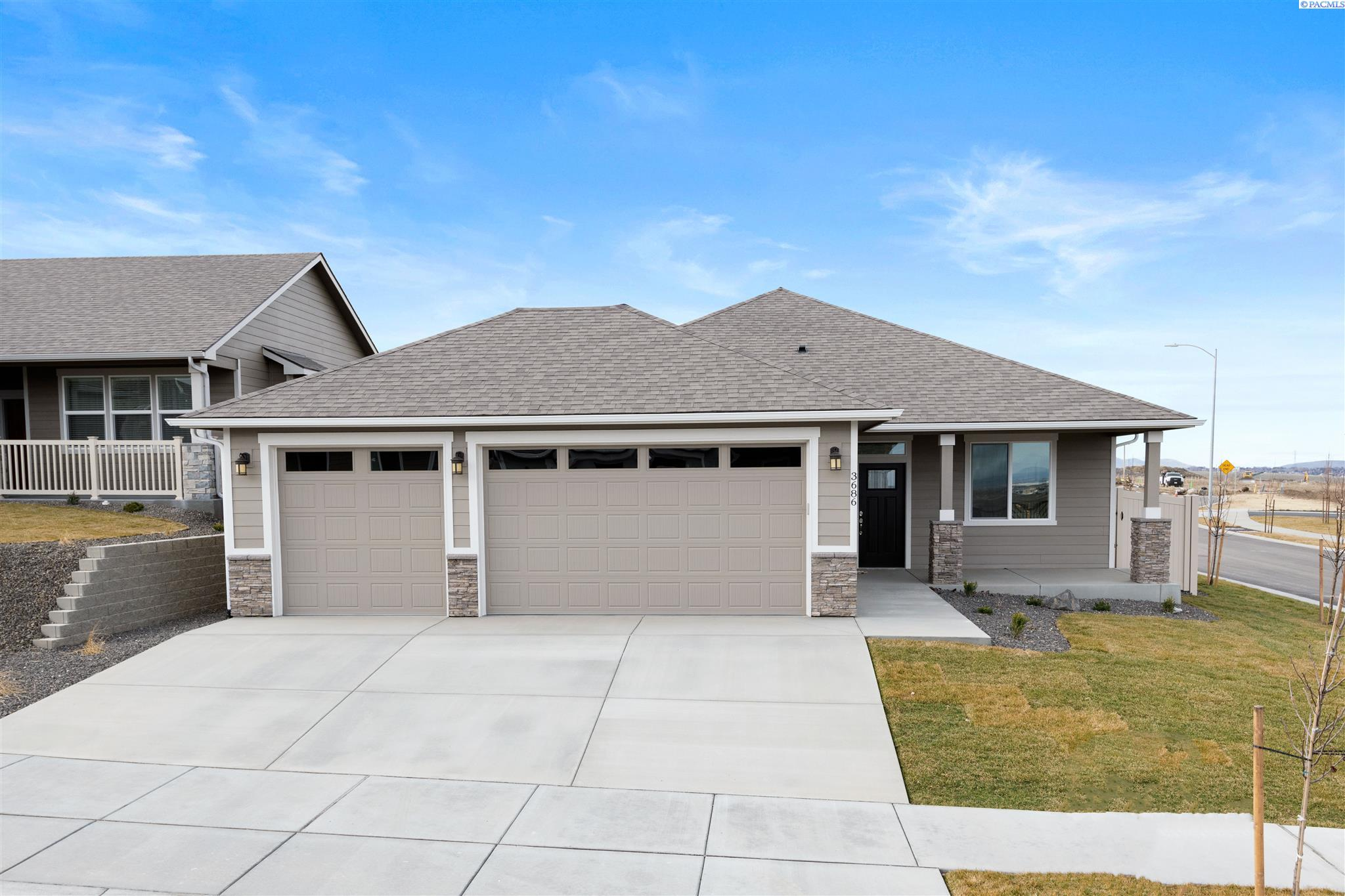 Single Family Homes for Sale at 3686 S Taft Street Kennewick, Washington 99338 United States