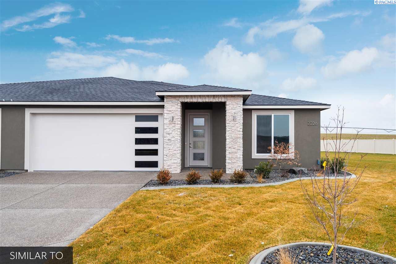 Single Family Homes for Sale at 2298 VENETO Street Richland, Washington 99352 United States