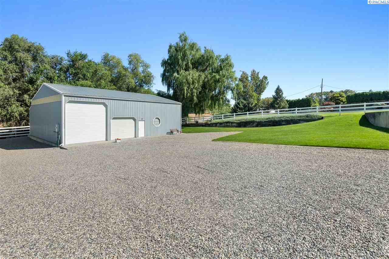 Additional photo for property listing at 3311 S Garfield Street Kennewick, Washington 99337 United States