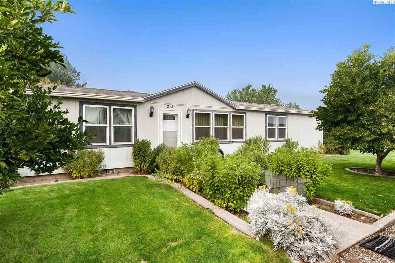 Manufactured Home for Sale at 28 Pumping Plant Road Burbank, Washington 99323 United States