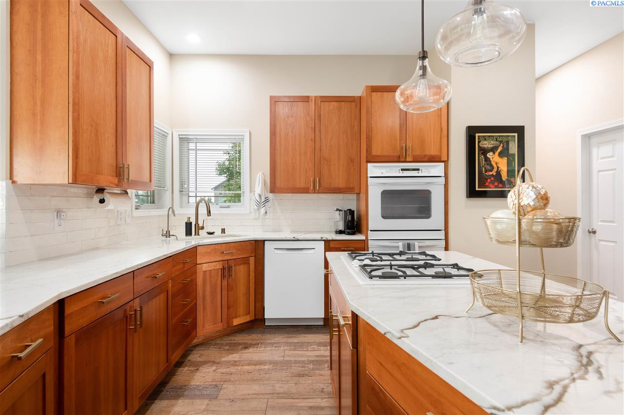 Additional photo for property listing at 7628 Sandy Ridge Pasco, Washington 99301 United States