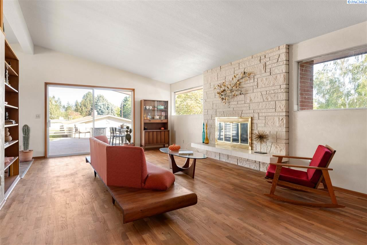 Property for Sale at 2041 Davison Richland, Washington 99352 United States
