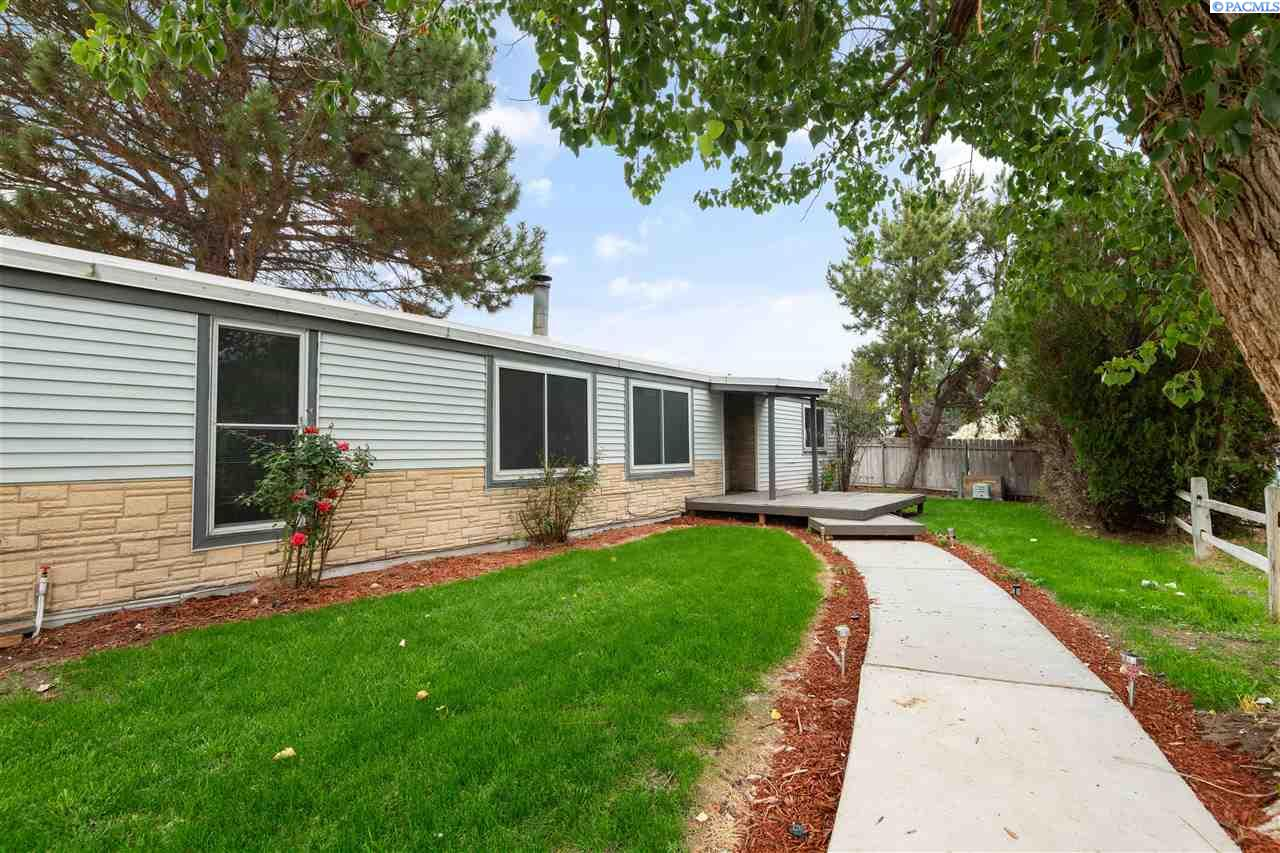 Manufactured Home for Sale at 9120 W Yellowstone Avenue Kennewick, Washington 99336 United States