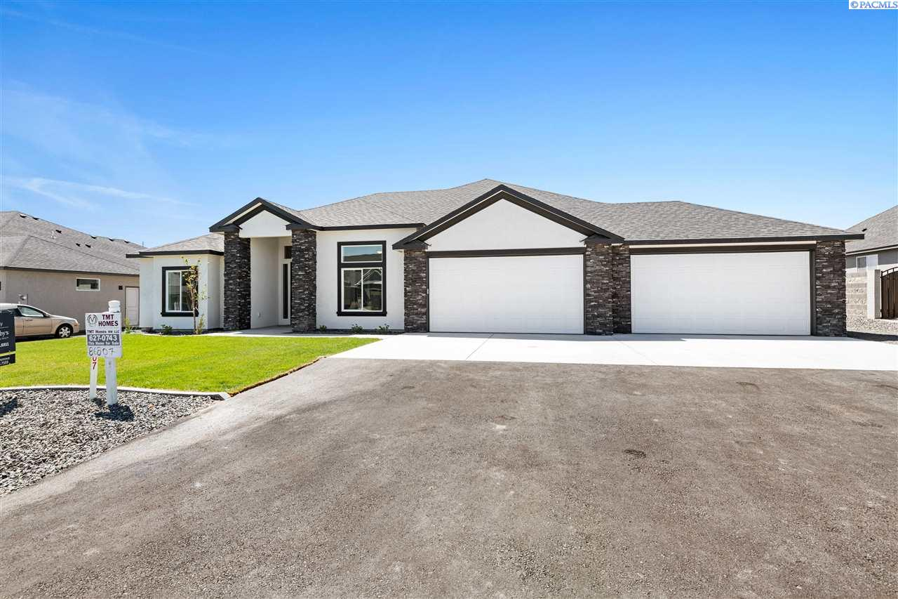 Single Family Homes for Sale at 86807 E Sagebrush Road Kennewick, Washington 99338 United States