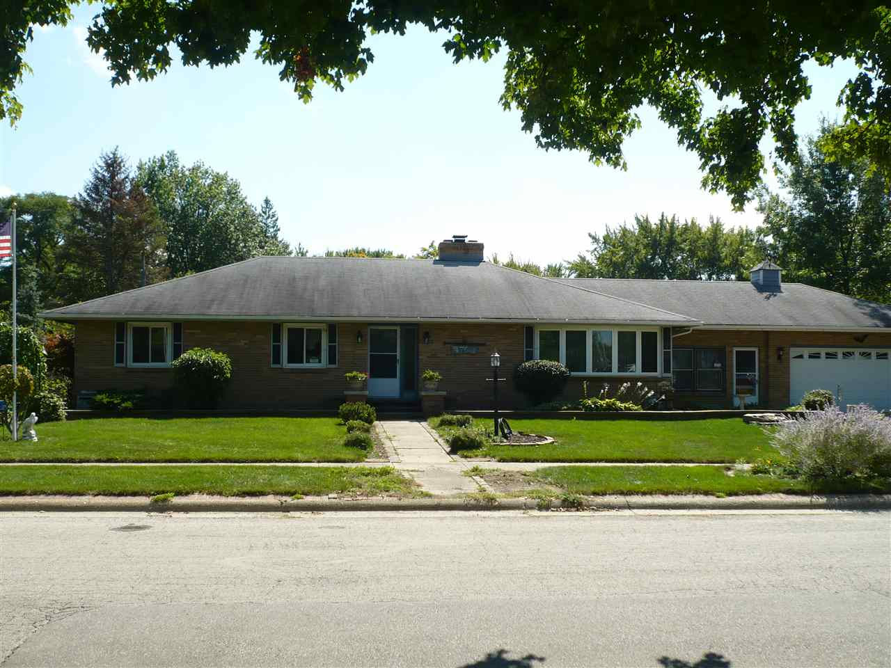 Homes For Sale On Old River Road Rockford Il