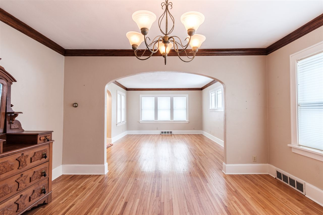 118 Welty Avenue, ROCKFORD, IL Single Family Home Property Listing    Chilton Real Estate