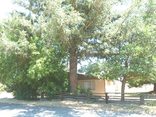 6812 First St, Greenview, CA 96037