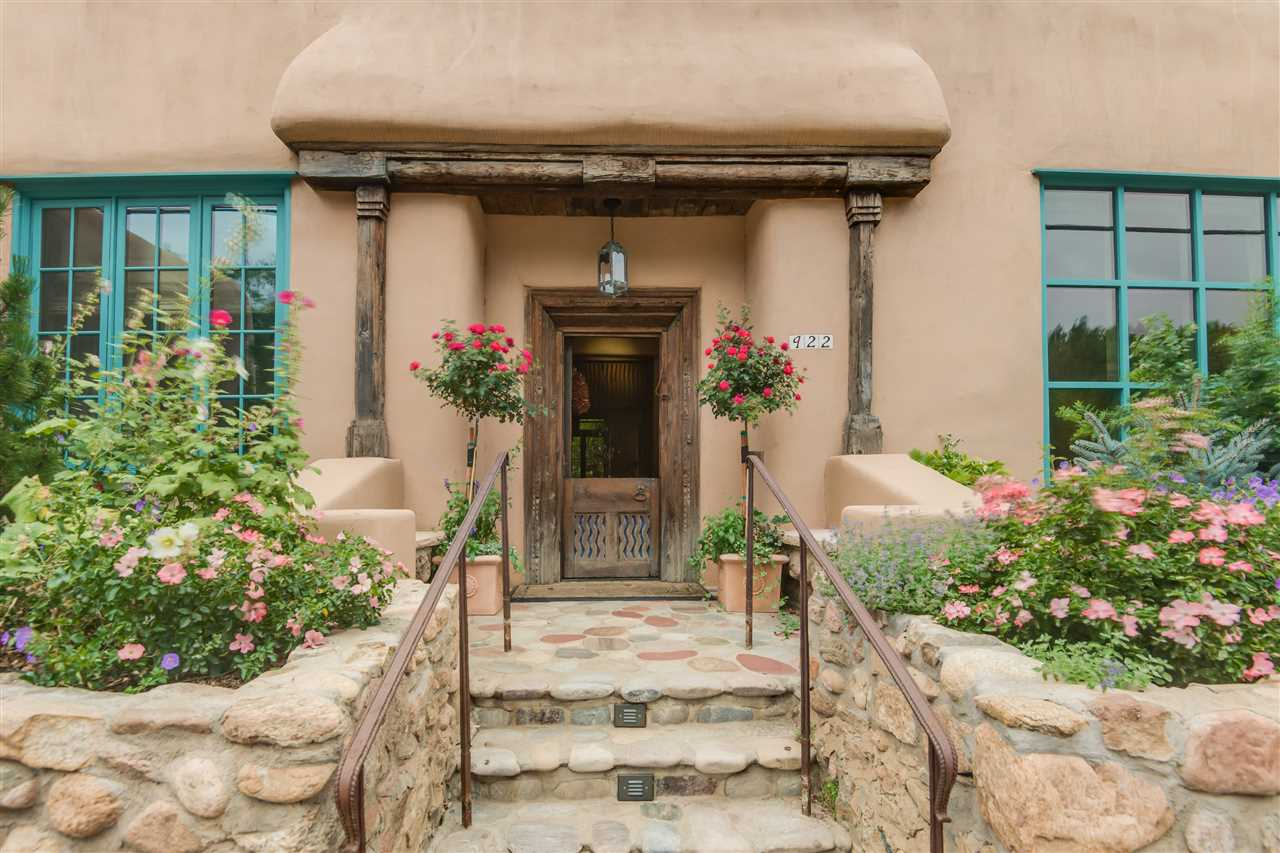 922 Canyon Road, Santa Fe, NM 87501