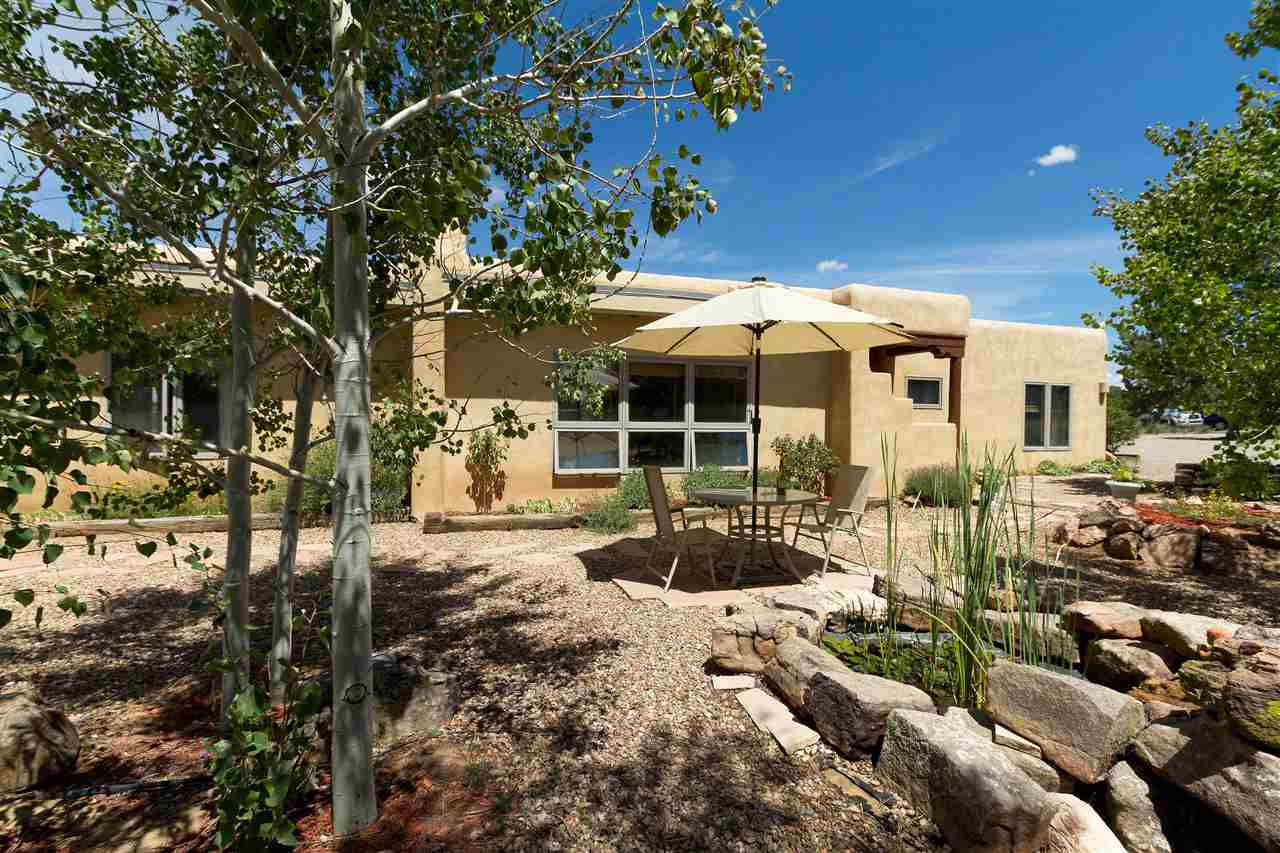 6 Moya Place, Santa Fe NM 87508