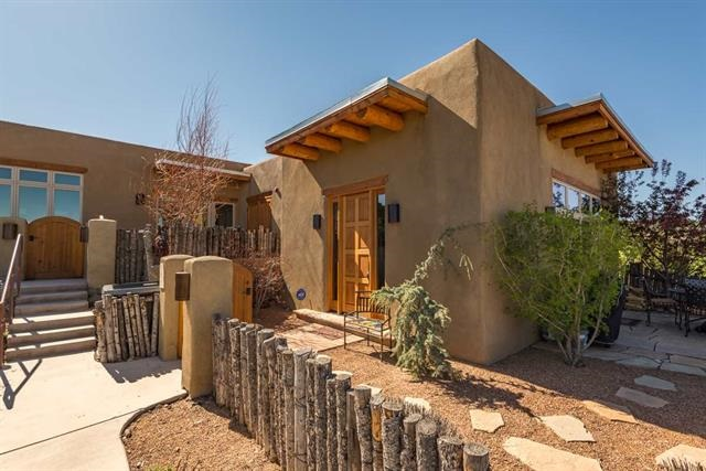 38 I Lodge Trail #I, Santa Fe, NM 87506