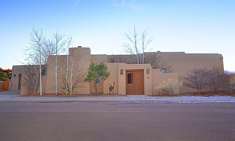 42 E VIA Plaza Nueva, Santa Fe, NM 87507