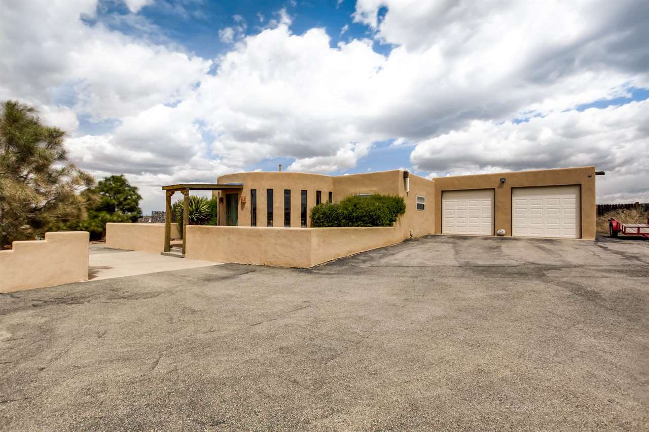 35 VISTA ALONDRA, Santa Fe, NM 87508
