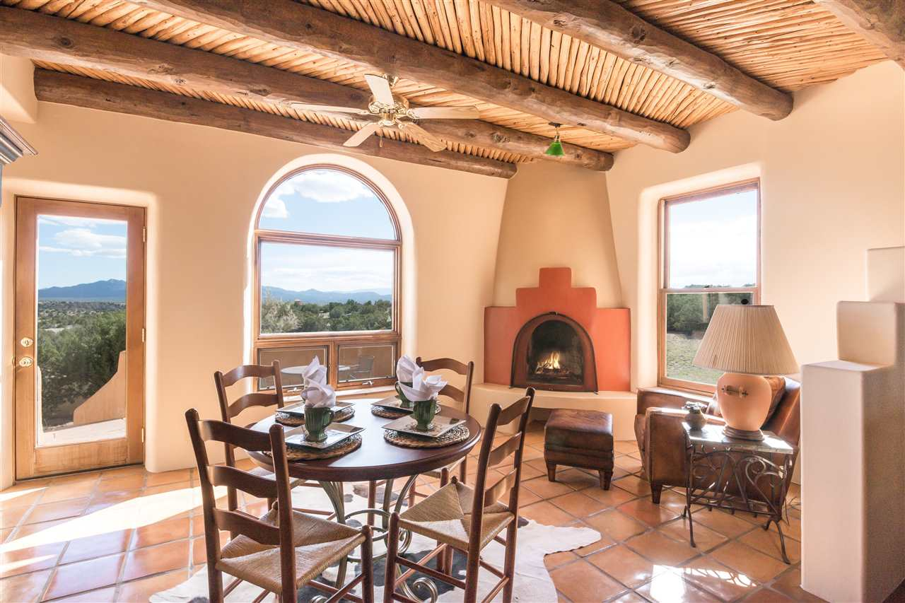 42 San Marcos Road West, Santa Fe, NM 87508