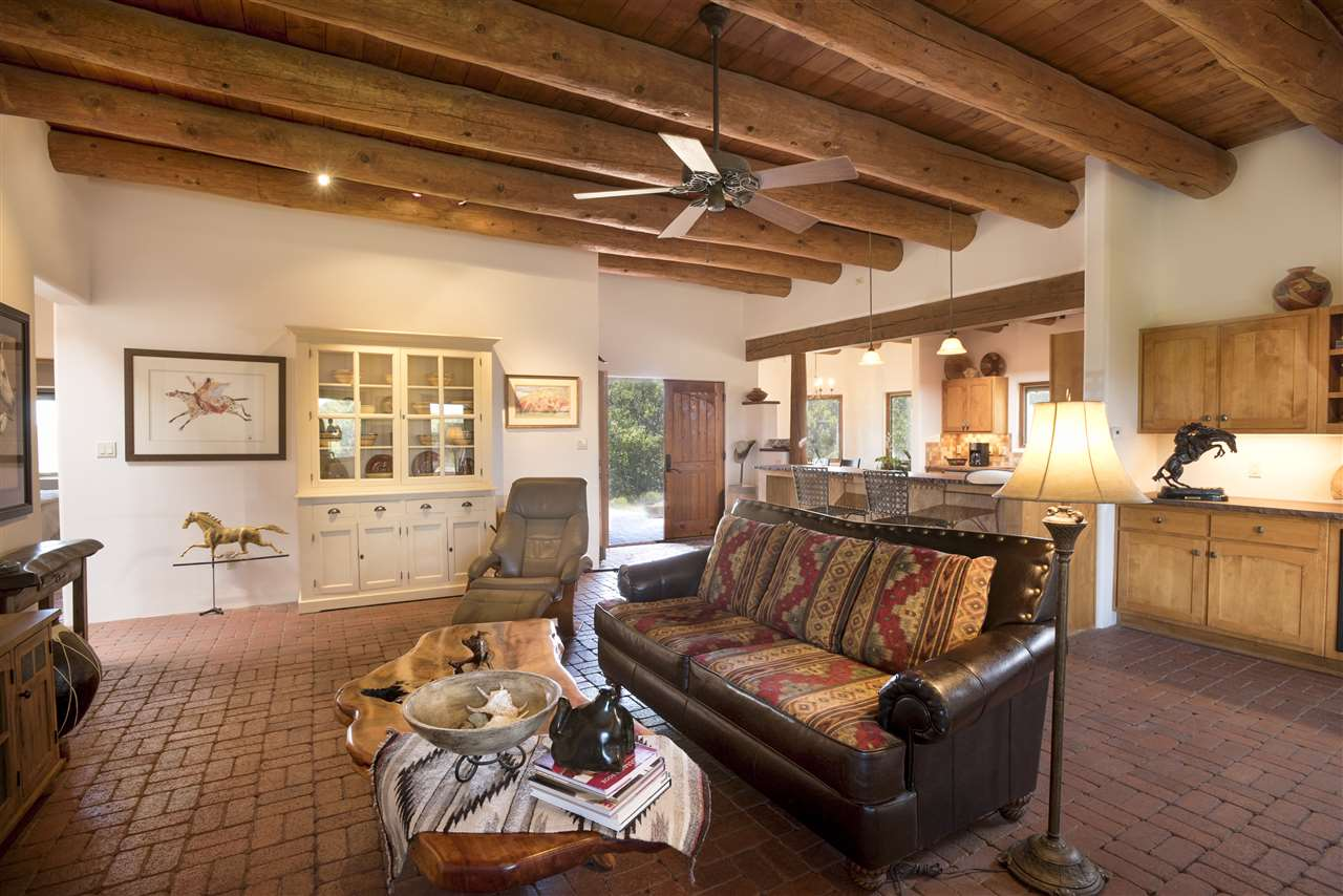 33 Black Canyon, Santa Fe, NM 87508