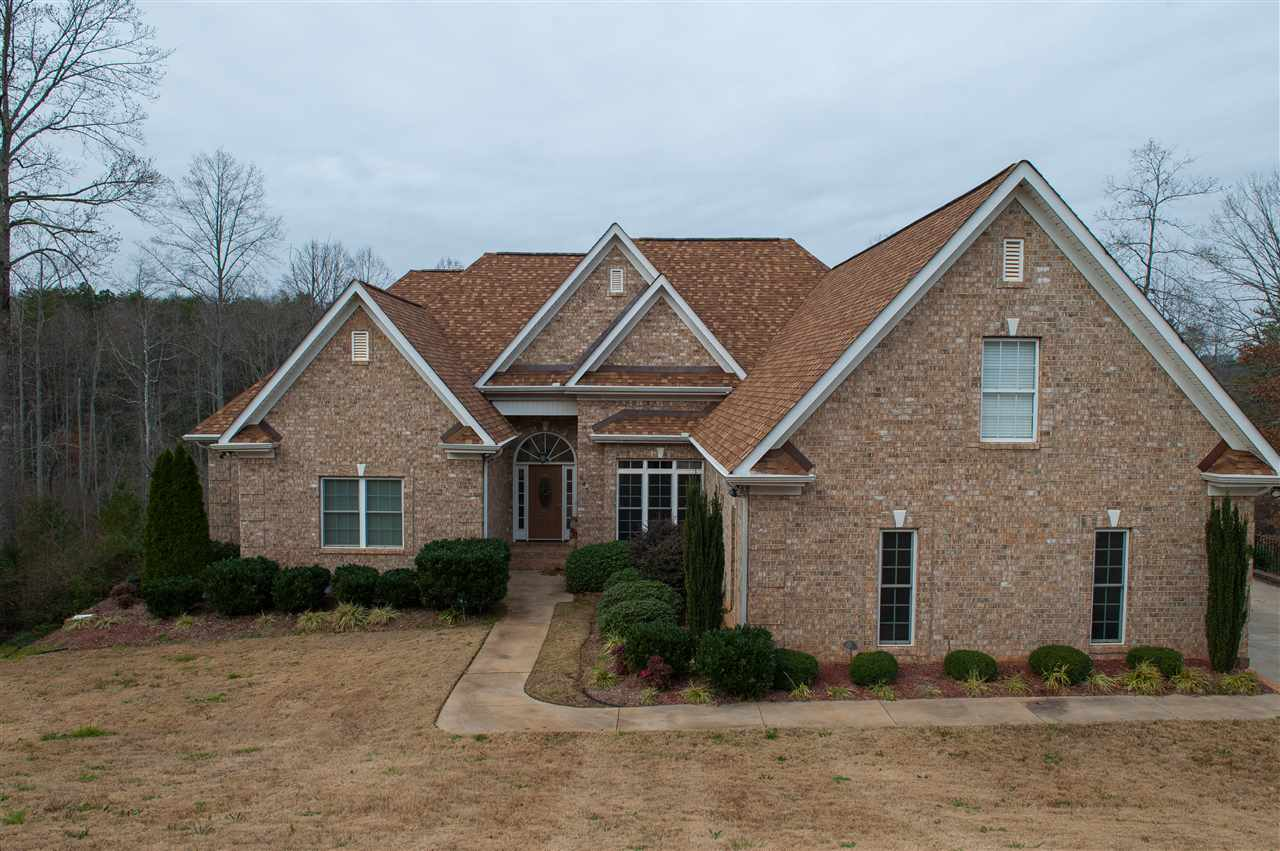 Homes for sale in spartanburg sc coldwell banker caine for Home builders in spartanburg sc