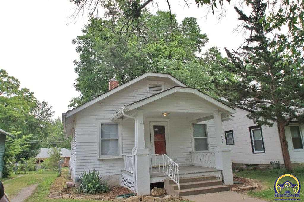 Topeka Real Estate 1234 Sw Wayne Ave Listing 190042