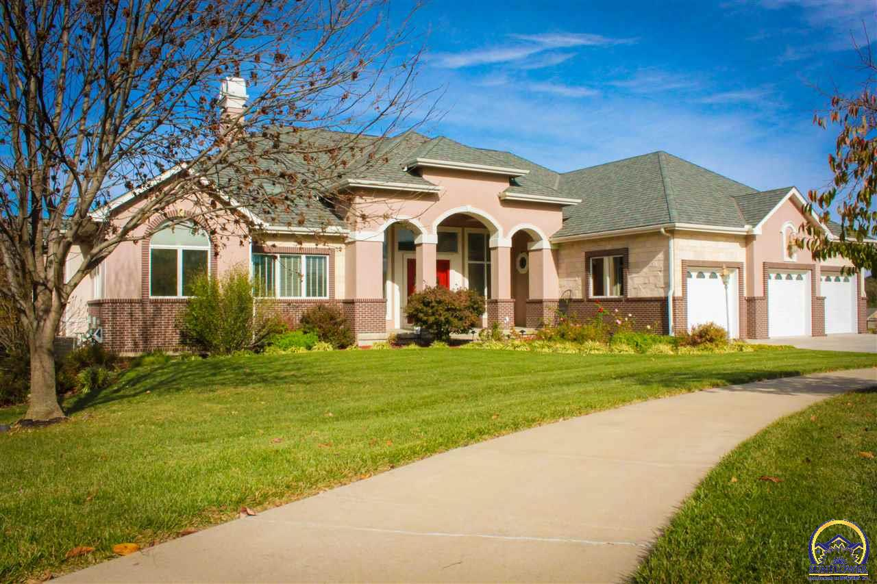 Topeka real estate 5740 sw clarion lakes ave listing for Topeka home builders