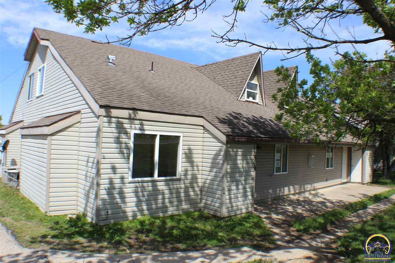2219 Prairie St, Emporia, KS 66801