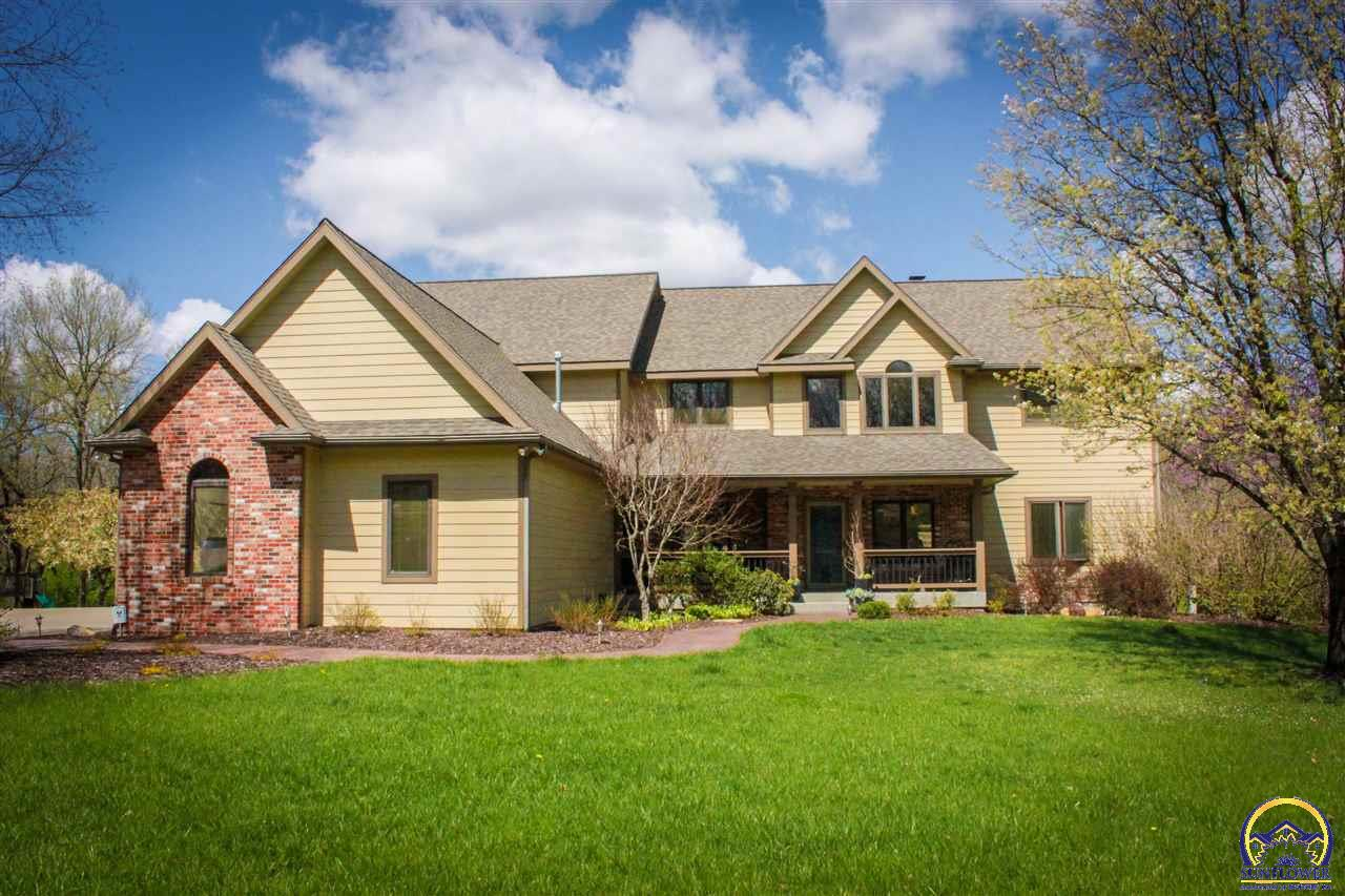 4620 NW Timber CT, Topeka, KS 66618