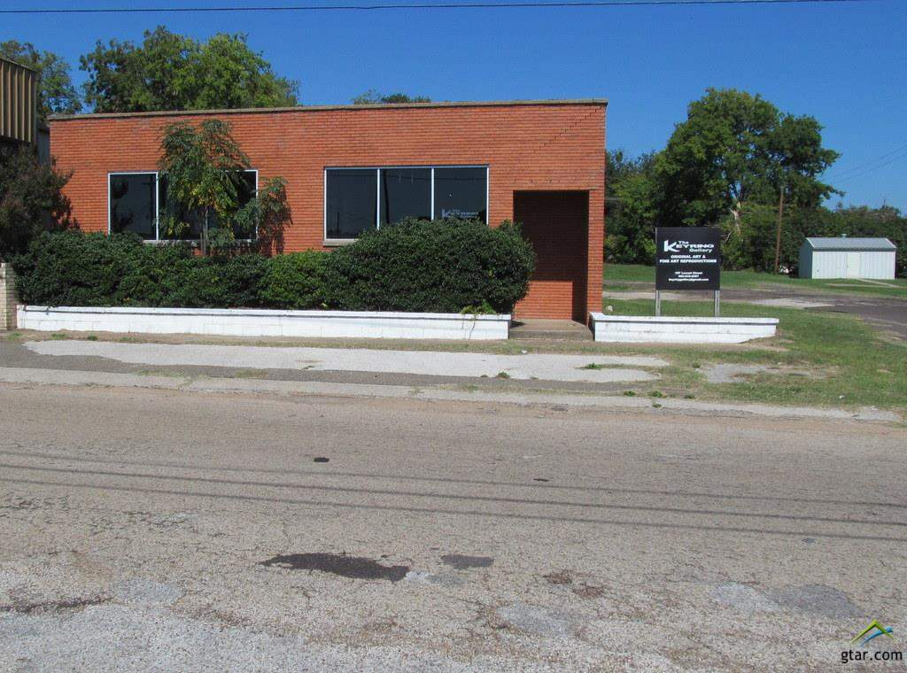 107 Locust, Winnsboro, TX 75494