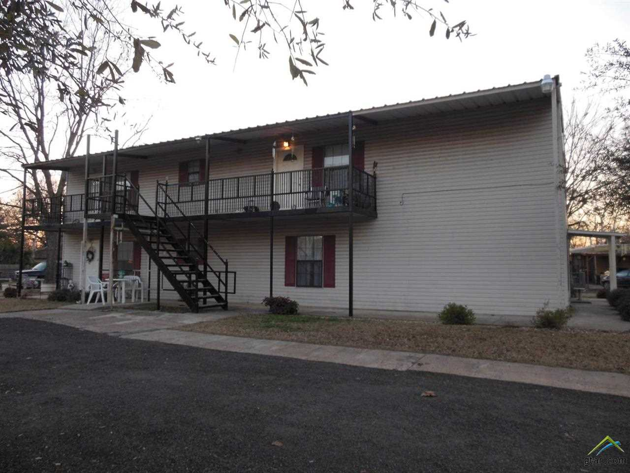 109 2ND ST SW, Bogata, TX 75417
