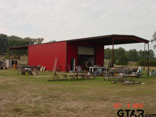 7697 S State Hwy 155, Ore City, TX 75683