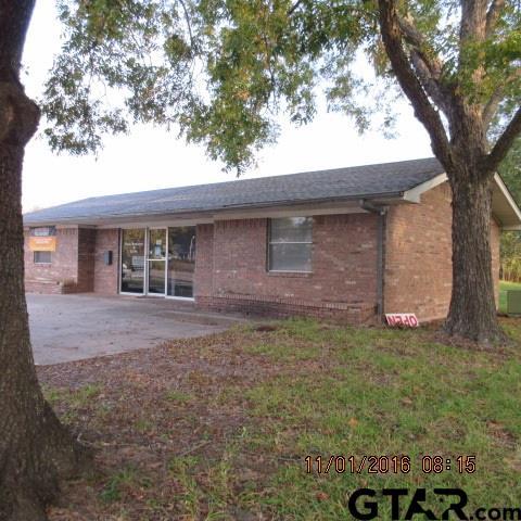501-505 E. Broadway, Winnsboro, TX 75494