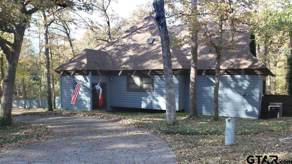 268 Whispering Pine Trl, Mt Vernon, TX 75457