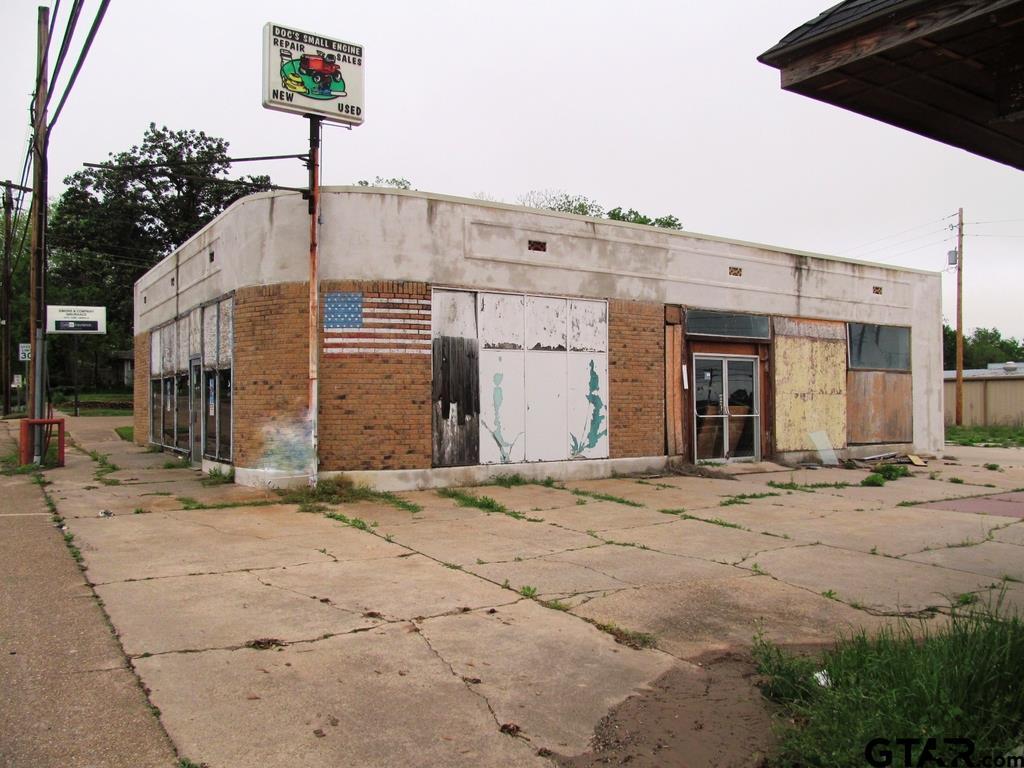 402 N Main, Winnsboro, TX 75494