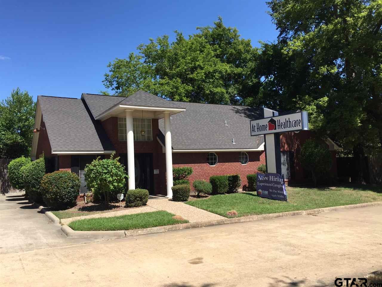 806 N Jefferson Ave., Mt Pleasant, TX 75455