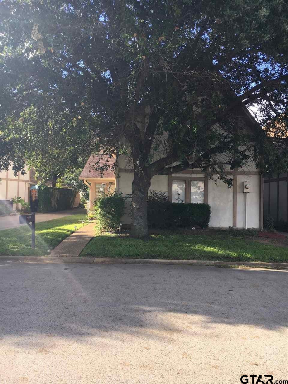 1105 Towne Lake, Longview, TX 75601