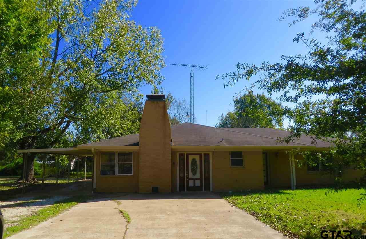 387 NE Mill Street, Alto, TX 75925
