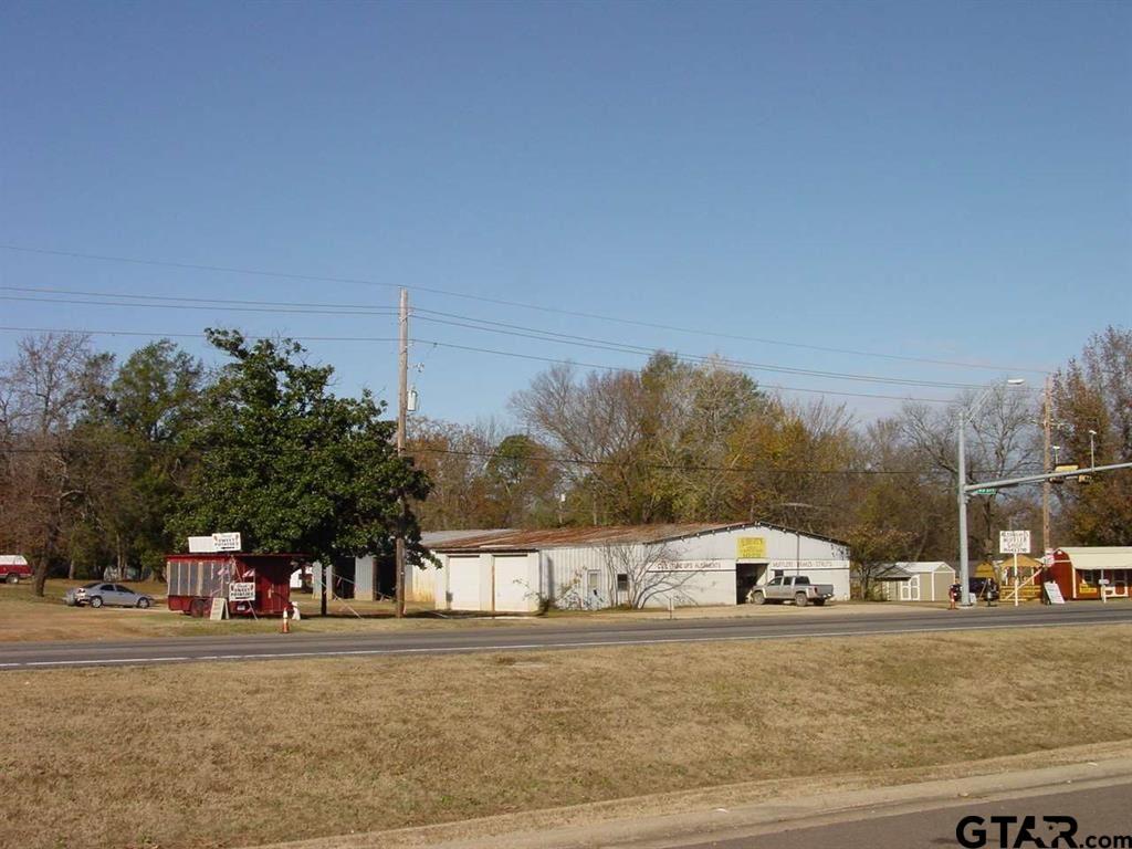 1121 N US Hwy 271, Gilmer, TX 75644