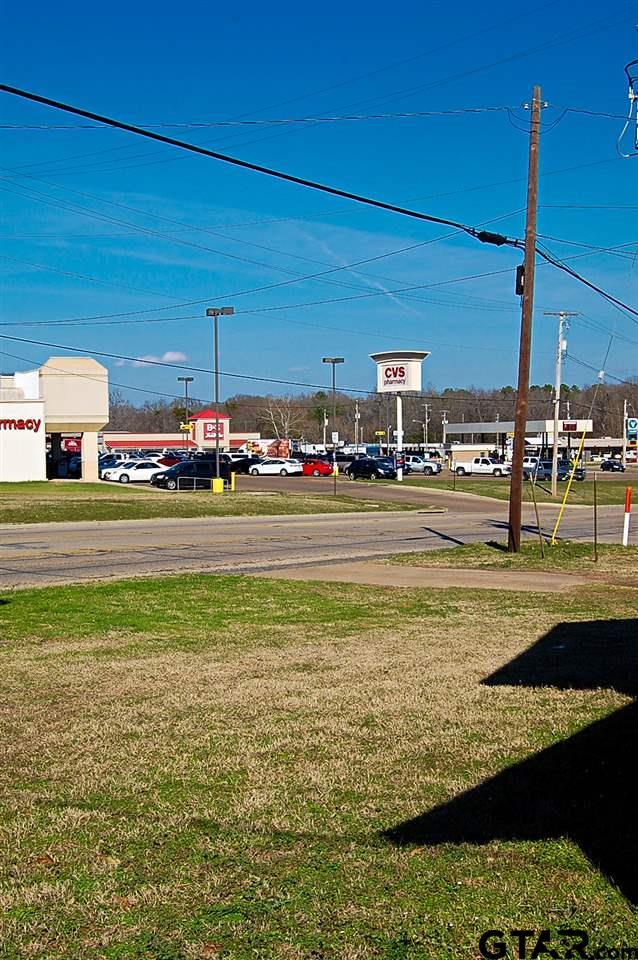 405 Daingerfield, Pittsburg, TX 75686