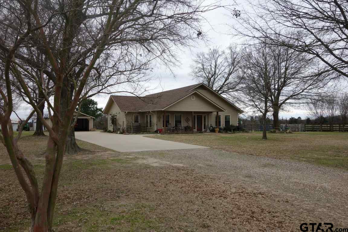 1981 SE CR 4250, Mt Vernon, TX 75457