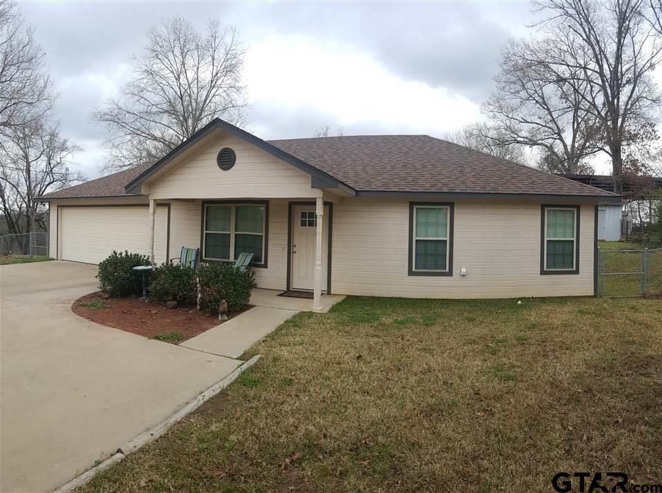 1602 Rodeo, Gladewater, TX 75647