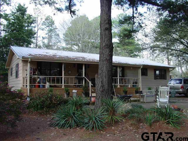 9581 Poinsettia, Gilmer, TX 75644